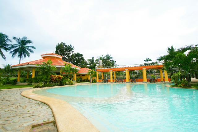 Amenities - Swimming Pool